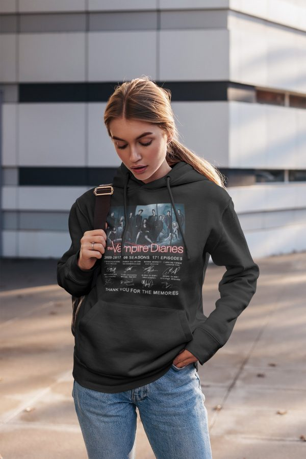 WY02 / S Official Vampire Diaries Merch
